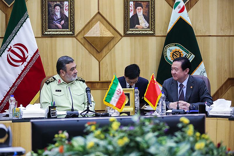 آمادگی پلیس ایران برای انتقال تجارب و برخورد با جرایم سازمان یافته با پلیس چین