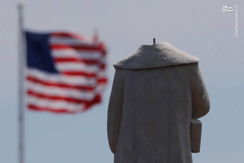 جدال بر سر پایین کشیدن مجسمه کریستوف کلمب در امریکا