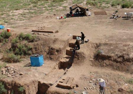محوطه باستانشناختی ۷۰۰۰ ساله تپه پوستچی شیراز ثبت میراثی شد