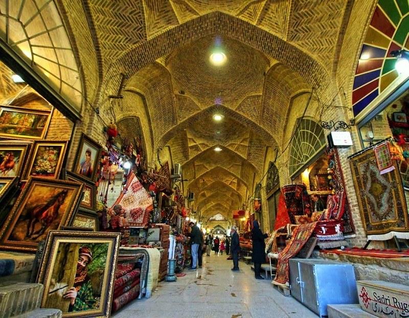 دادگستری به بحث بازارهای تاریخی و بازار وکیل شیراز ورود میکند